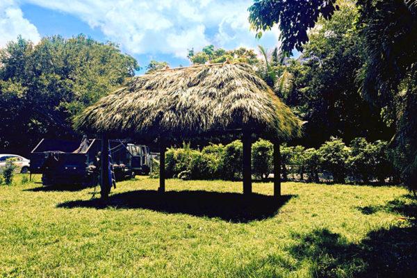 residential-tiki-huts-36
